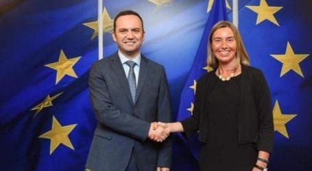 Mε τον αντιπρόεδρο της ΠΓΔΜ συναντήθηκε η Μογκερίνι