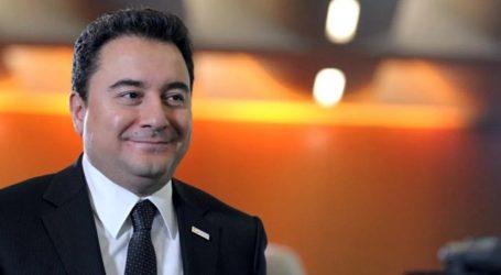 Τουρκία: Ο Αλί Μπαμπατσάν ετοιμάζει νέο κόμμα
