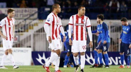 Χάνει το τρένο του τίτλου ο Ολυμπιακός | 2-2 στο Περιστέρι