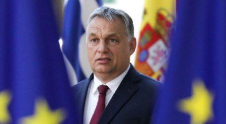 """Ο Όρμπαν """"δεν υποχωρεί"""" στο τελεσίγραφο Βέμπερ αλλά το Fidesz θέλει να παραμείνει στο ΕΛΚ"""