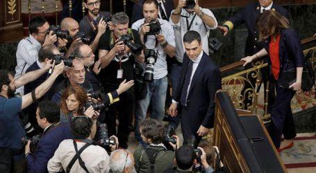 """Ο Σάντσεθ καλεί τους Καταλανούς να """"γυρίσουν τη σελίδα"""" του δημοψηφίσματος"""