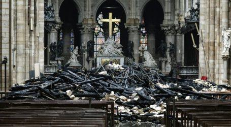 Η πυρκαγιά στην Παναγία των Παρισίων γίνεται μίνι σειρά