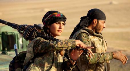 Συγκέντρωση στα Προπύλαια κατά της τουρκική εισβολής και «αλληλεγγύης στην επανάσταση στη Ροζάβα»