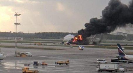 Ρωσία: Τουλάχιστον 13 νεκροί από πυρκαγιά και αναγκαστική προσγείωση αεροσκάφους