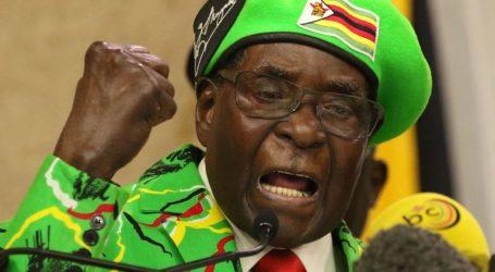 Ρόμπερτ Μουγκάμπε: Aπό λαϊκός ήρωας, δικτάτορας
