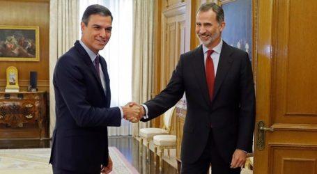 Ισπανία: Ο βασιλιάς Φελίπε ανέθεσε στον Σάντσεθ τον σχηματισμό κυβέρνησης