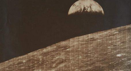 Σε δημοπρασία αυθεντικές φωτογραφίες από την κατάκτηση της Σελήνης (pics)