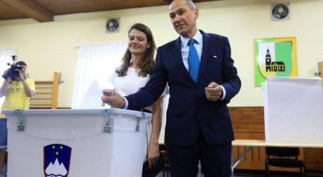 Σλοβενία: Μπροστά στα exit poll το αντιμεταναστευτικό SDS
