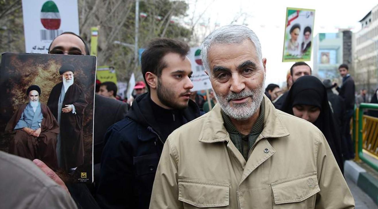 Μήνυση κατά της Μέρκελ και υπουργών από βουλευτές της Αριστεράς για «συνέργεια» στη δολοφονία του Κασέμ Σουλεϊμανί