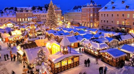 Tο Στρασβούργο εγκαινίασε την χριστουγεννιάτικη αγορά του
