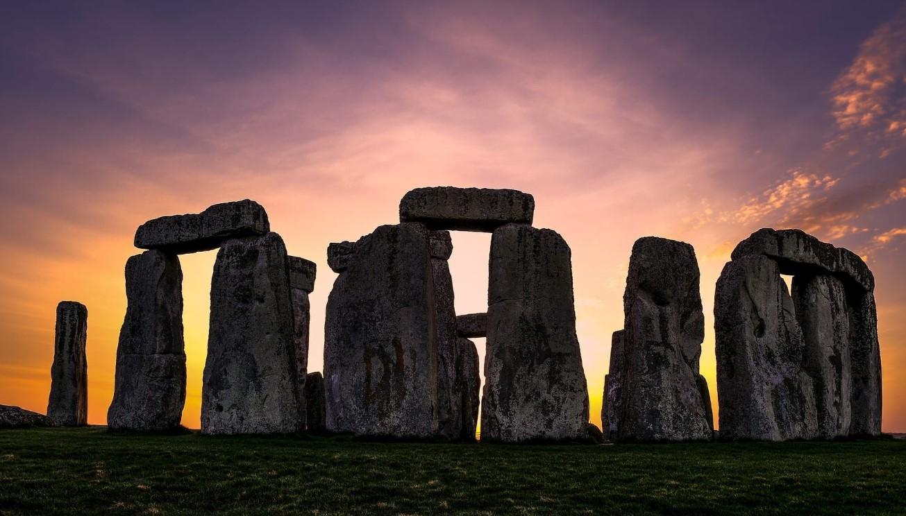 Θα μπορούσε το Στόουνχετζ να το έχουν κατασκευάσει αρχαίοι Έλληνες;