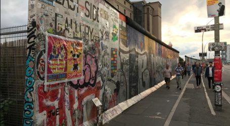Διευρύνεται το χάσμα ανατολικής και δυτικής Γερμανίας