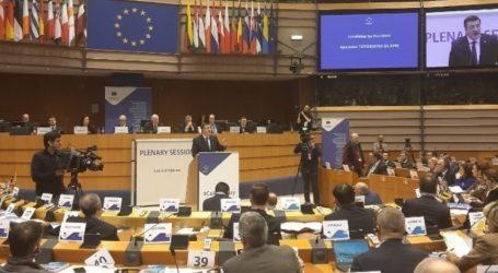 Ο Τζιτζικώστας εξελέγη πρόεδρος της Ευρωπαϊκής Επιτροπής των Περιφερειών