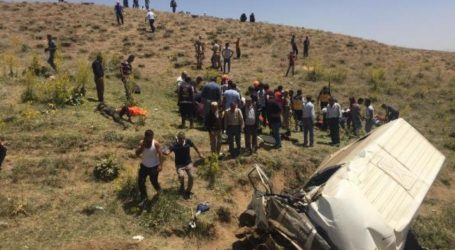 Τουρκία: Στους 17 οι νεκροί σε τροχαίο με μικρό λεωφορείο που μετέφερε μετανάστες