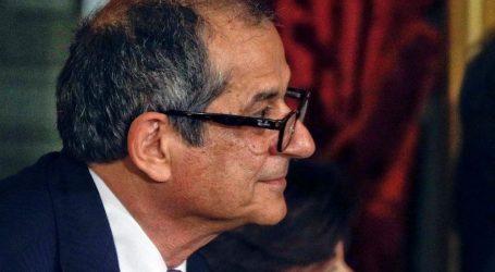 Ο Ιταλός ΥΠΟΙΚ δηλώνει ότι η Ρώμη «δεν απειλεί» την ευρωζώνη ή τη σταθερότητα της ΕΕ