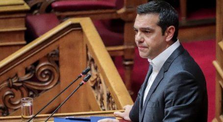 Τσίπρας: Η Δημοκρατία στον τόπο μας ούτε απειλείται ούτε εκβιάζεται (vid)