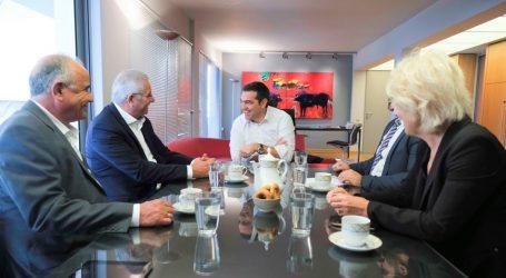 Κυπριακό | Συνάντηση Τσίπρα – Κυπριανού: Μόνη λύση η επανέναρξη των διαπραγματεύσεων