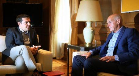 Πηγές ΣΥΡΙΖΑ: Ποτέ δεν επιχειρήθηκε προσέγγιση στον Γ. Παπανδρέου και ούτε είναι στόχος ποτέ να γίνει