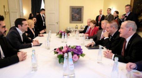 Συνάντηση Τσίπρα με γερουσιαστές: Επί τάπητος οι προοπτικές της ελληνοαμερικανικής συνεργασίας