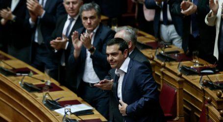Ψήφο εμπιστοσύνης στην κυβέρνηση έδωσαν 153 βουλευτές – Τσίπρας: Συνεχίζουμε την προσπάθεια για την ενίσχυση των πολλών