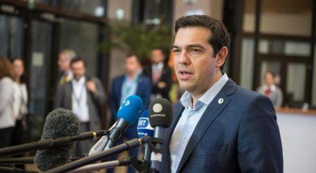 Παπαδημούλης: Οι Βρυξέλλες καλούν τον Τσίπρα να μιλήσει στο Ευρωκοινοβούλιο