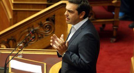 """Τσίπρας: Η κυβέρνηση δεν βγήκε ποτέ από την """"εθνική γραμμή"""" για το όνομα της ΠΓΔΜ"""