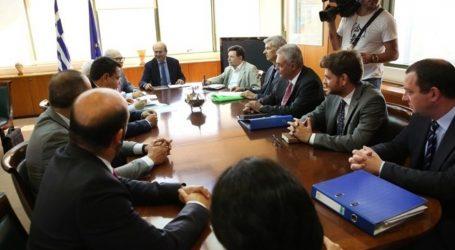 Συνάντηση πολιτικής ηγεσίας του ΥΠΕΝ με το προεδρείο της ΠΟΜΙΔΑ για θέματα Κτηματολογίου