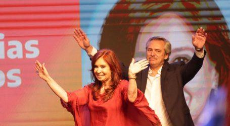 Αργεντινή: Ο κεντροαριστερός περονιστής Αλμπέρτο Φερνάντες νέος πρόεδρος από τον πρώτο γύρο