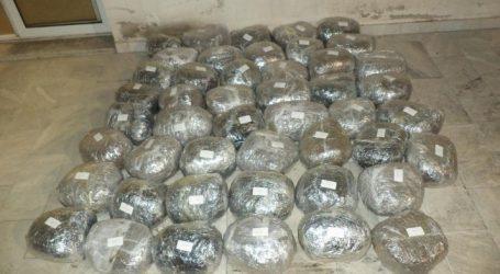 Φλώρινα: Πέντε συλλήψεις για μεταφορά 47 κιλών κάνναβης