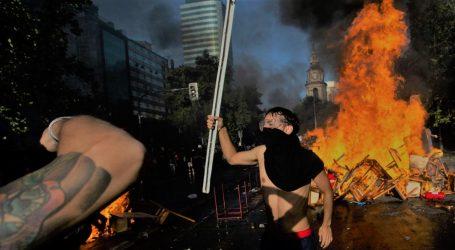 Χιλή | «Πινιέρα παραιτήσου»: Συνεχίστηκαν για 11η ημέρα οι διαδηλώσεις και οι ταραχές στο Σαντιάγο και άλλες μεγάλες πόλεις
