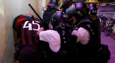 Χονγκ Κονγκ: Δακρυγόνα και πλαστικές σφαίρες κατά διαδηλωτών