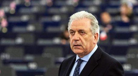 Αβραμόπουλος από τα Σκόπια: Προσβλέπω ότι οι ηγέτες της ΕΕ θα επανεξετάσουν την απόφασή τους για Αλβανία και Βόρεια Μακεδονία