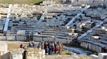 Ζορμπά:Το α' εξάμηνο του 2022 έτοιμο το αρχαίο θέατρο της Λάρισας