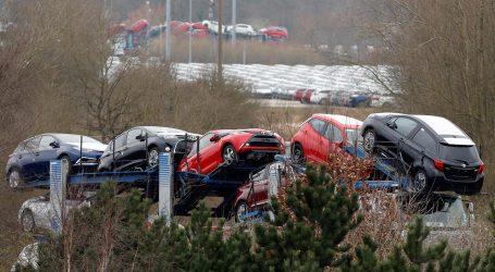 Βρετανία: Μειώθηκε ο αριθμός των νέων αυτοκινήτων