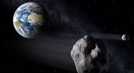 Αστεροειδής στο μέγεθος πολυκατοικίας θα περάσει σήμερα ανάμεσα στη Γη και στη Σελήνη