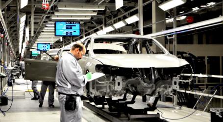 Αγώνας δρόμου για τις αυτοκινητοβιομηχανίες για να μειώσουν τις εκπομπές ρύπων CO2 μέχρι το 2020