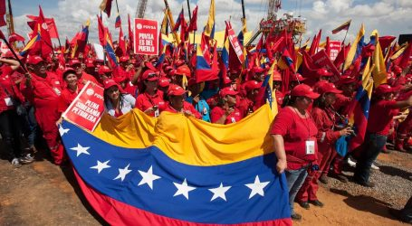 DW: Τι οδήγησε τη Βενεζουέλα στην οικονομική κρίση;
