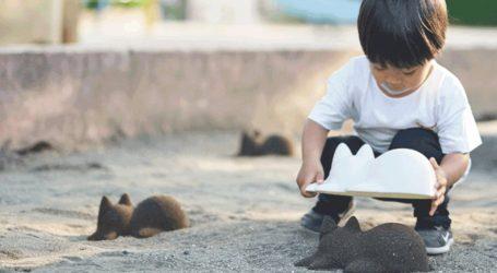 Γάτες από άμμο στην παραλία