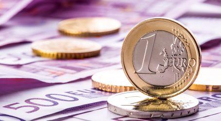 Ανεβαίνει το ευρώ μετά το σήμα αλλαγής πολιτικής της ΕΚΤ