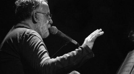 Μικρούτσικος: Πολύ μεγάλη συγκίνηση και τιμή οι τρεις συναυλίες για τα 100 χρόνια του ΚΚΕ