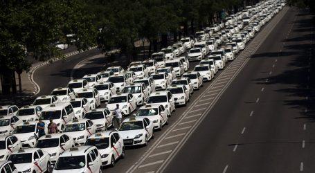 Ισπανία: Ξεσηκωμός ταξιτζήδων κατά της Uber
