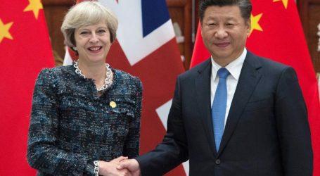 Συνάντηση Κινέζου προέδρου με την Βρετανίδα πρωθυπουργό