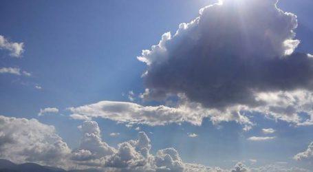 Καιρός: Νεφώσεις με τοπικές βροχές στο μεγαλύτερο μέρος της χώρας