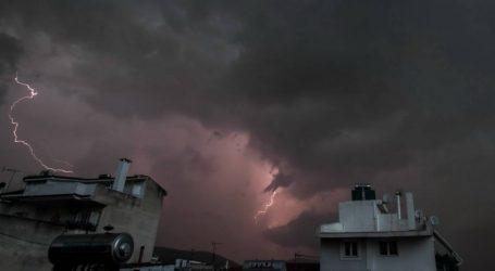 Αλλάζει από το βράδυ ο καιρός – Βροχές και καταιγίδες