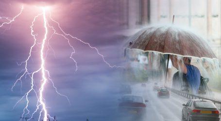 Με ισχυρές βροχές και καταιγίδες στη Βόρεια Ελλάδα η γιορτή του 15αύγουστου