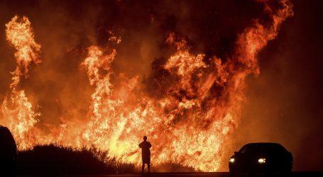 Όλο τον Αύγουστο θα καίει η μεγαλύτερη πυρκαγιά στην ιστορία της Καλιφόρνια