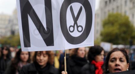 Guardian: Η Ευρώπη πρέπει να βρει λύσεις διαφορετικές από τη λιτότητα