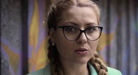 Βουλγαρία: Εκατοντάδες αποτίουν τον ύστατο φόρο τιμής στη δημοσιογράφο Μαρίνοβα