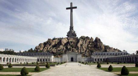 Ισπανία: Εγκρίθηκε το διάταγμα για την εκταφή του Φράνκο από το μαυσωλείο του