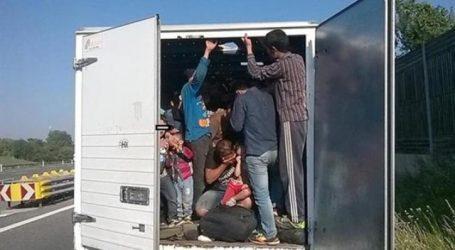 Λιβύη: Οκτώ μετανάστες, ανάμεσά τους 6 παιδιά, νεκροί από ασφυξία μέσα σε φορτηγό
